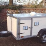 Trailer from plastic pannels